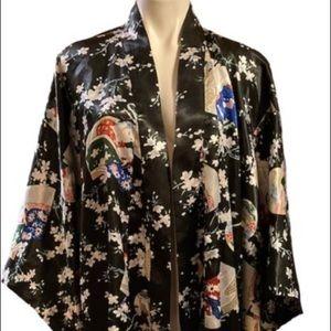 Kimono style geisha print robe